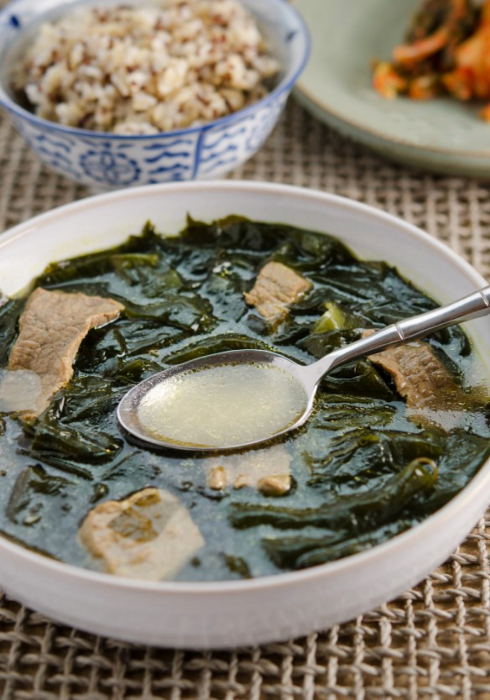 корейский суп с морской капустой